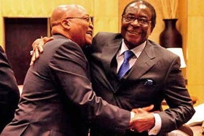 Presidents Jacob Zuma and Robert Mugabe at a regional Southern Africa summit (file photo).