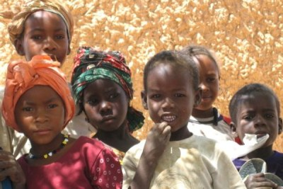 Children in the village of Garin Dagabi, north of Tanout in Southern Niger.