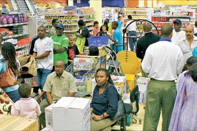 Nairobi shoppers (file photo): Consumers still suffering despite inflation going down.