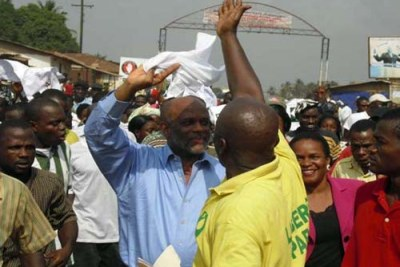 Liberian politician Charles Brumskine campaigning (file photo).