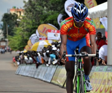Cyclists Battle it Out at Tour Du Rwanda