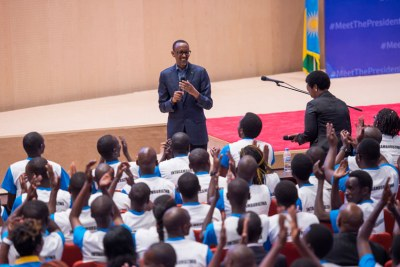 President Kagame addresses youths at the closing of Itorero Intagamburuzwa at Kigali Convention Centre (file photo).