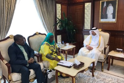 Left to right: Uganda's ambassador to the Gulf, Rashid Yahya Ssemuddu, Gender minister Janat Mukwaya and Qatar's Labour minister Eisa Saad Alijafali Al-Naimi during the signing of the labour agreement in Doha.