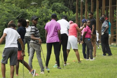 Golf is slowly gaining popularity in Nigeria. Every Saturday, young people take lessons at the IBB International Golf and Country Club in the Nigerian capital of Abuja. Uloma Mbuko is the lead instructor.