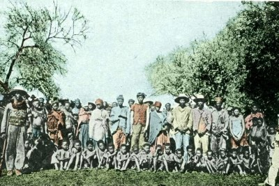 Herero prisoners of war, around 1900.