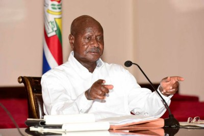 President Yoweri Museveni briefs the press on the proposed changes to Uganda's land laws. He spoke briefly about the age limit debate.