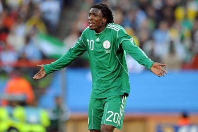 Dickson Etuhu expresses frustration during the Super Eagles opening World Cup match against Argentina.