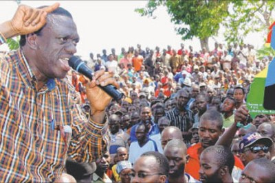 Kizza Besigye, leader of the FDC opposition party, on the campaign trail.