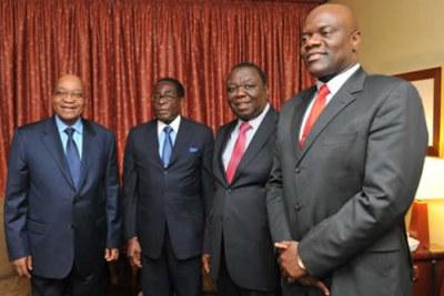 Jacob Zuma, Robert Mugabe (Zanu PF), Premiere Ministre Morgan Tsvangarai (MDC) et Arthur Mutambara (MDC T).