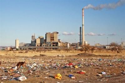 Wasteland between the Lonmin mine and the Enkaneng informal settlemen.