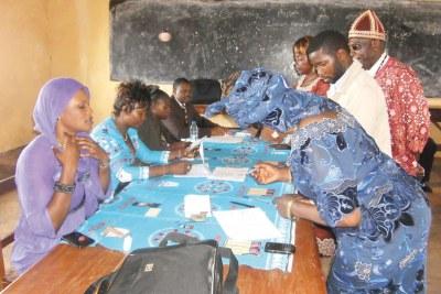 Elections sénatoriales du dimanche 14 avril 2013 au Cameroun