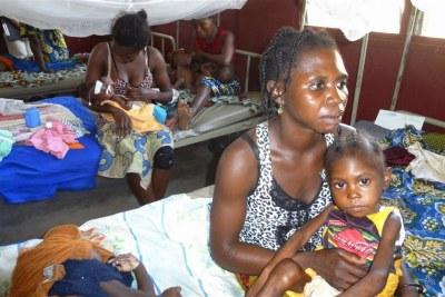 Les traumatismes aggravent les effets de l'extrême pauvreté et augmentent le risque de malnutrition