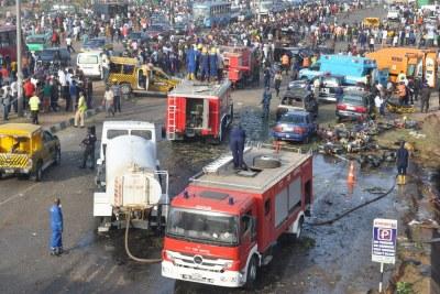 Une station de bus au Nigéria visée par un attentat à la bombe par Boko Haram.