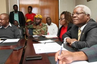Presidential Guard commander Brigadier-General Anselem Sanyatwe, centre in uniform (file photo)