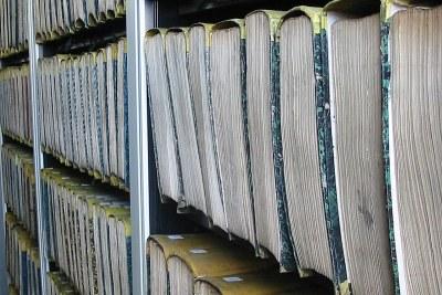 Archives sous forme de dossier papier