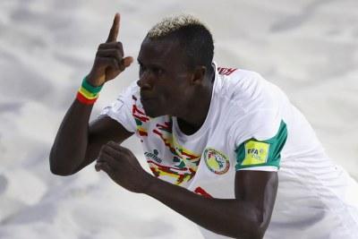 (archive) Ibrahima Balde du Senegal célébrant son but contre le Bahamas - Mondial Beach Soccer