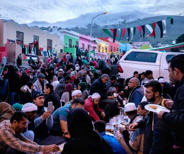 In Photos - Capetonians Observe Ramadan