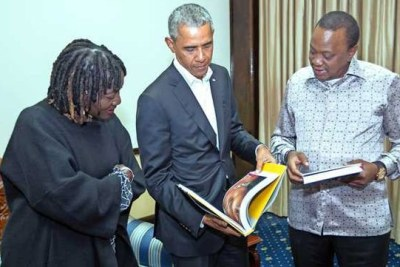 President Uhuru Kenyatta with the 44th US President Barack Obama when he paid him a courtesy call at State House, Nairobi on July 15, 2018. On the left is Mr Obama's half sister Dr Auma Obama.