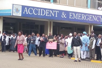 Police tear-gassed Kenyatta National Hospital staff who staged a go-slow on Monday, August 6, 2018 over non-payment of their health service allowances.