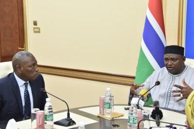 L'audience que le président gambien Adama Barrow a accordé au Directeur Régional de UNFPA Afrique de l'Ouest et du Centre, M. Mabingué Ngom