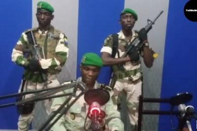 Des soldats ont pris d'assaut le siège de la radio nationale à Libreville, capitale du Gabon.