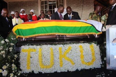 Tuku laid to rest.