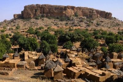 (Photo d'archives) - Un village traditionnel Dogon village au Mali en 2013.