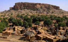 Au moins une vingtaine de morts dans des attaques de villages au Mali