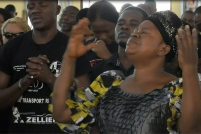 Nigerians and Cameroonians pray for peace in Cameroon, at Saint Joseph's Anglophone Parish in Cameroon's capital, Yaounde in September 2019.