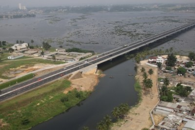 Africa Finance Corporation was one of the core-financiers of the US$365 million Henri Konan Bédié bridge. Opened in December 2014, the bridge connecting two of Abidjan's major districts—Riviera in the north and Marcory in the south--is considered one of the most successful PPP-funded projects in the post-conflict country.