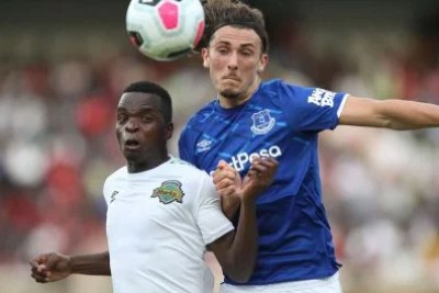 Kariobangi Sharks midfielder Sven Yidah (left) in an aerial duel with Everton's Hornby Fraser during their SportPesa friendly match at the Moi International Sports Centre, Kasarani on July 7, 2019.