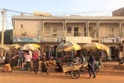 The Avenue de Maourey (Rue ST-3) in the 'Stade' neighborhood in downtown Niamey, capital of Niger (file photo).