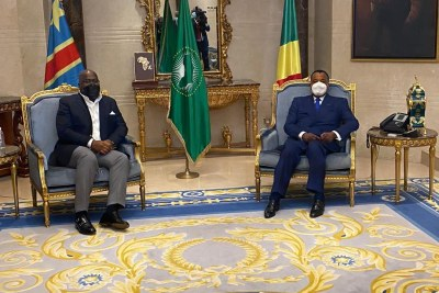 15.07.2020| Arrivé en début de soirée, à Brazzaville ( République du Congo), pour un séjour de travail de 24 heures, le Chef de l'État, Félix-Antoine Tshisekedi Tshilombo a échangé avec son homologue congolais, le Président Denis Sassou Nguesso.