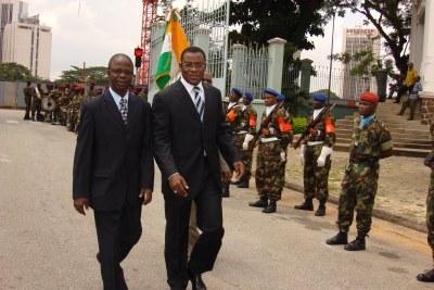 Pascal Affi N'Guessan, à droite, une des figures de l'oppositiron.