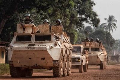 Les soldats de la paix de la MINUSCA ont renforcé leurs patrouilles et protégé la population à Bangassou, dans le Sud-Est de la République centrafricaine, suite à une violente attaque dimanche 3 janvier.