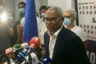 José Maria Neves, dimanche soir 17 octobre à son siège de campagne, promet d'être un président «qui unit et qui protège».